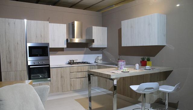 moderní kuchyň s gaučem