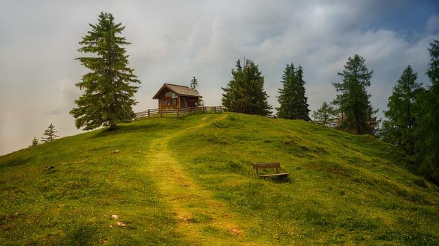 chaloupka na kopci
