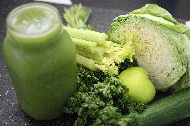 zelené smoothie a zelenina